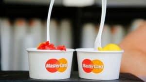 مستر کارت 2000 دلاری با 18 ماه اعتبار, تحویل یک روزه ، دریافت پول از ATM , پرداخت هزینه های سفارت ها،پرداخت هزینه های اپلای و پرداخت هزینه های زبان